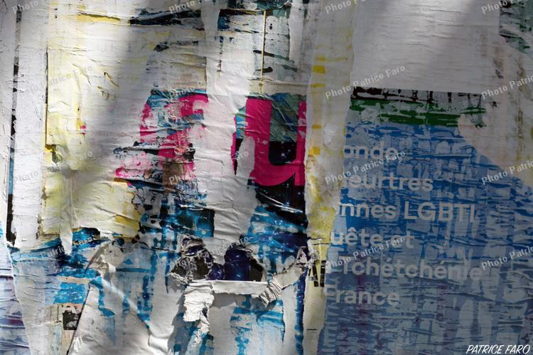 affiches déchirées - Photo Patrice Faro